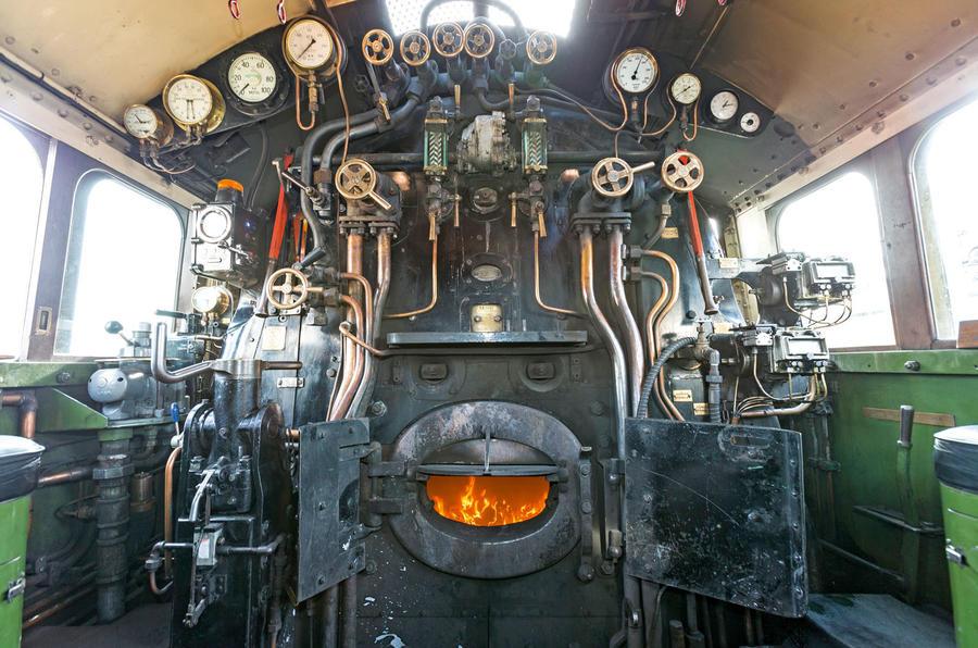 60163 'TORNADO' train