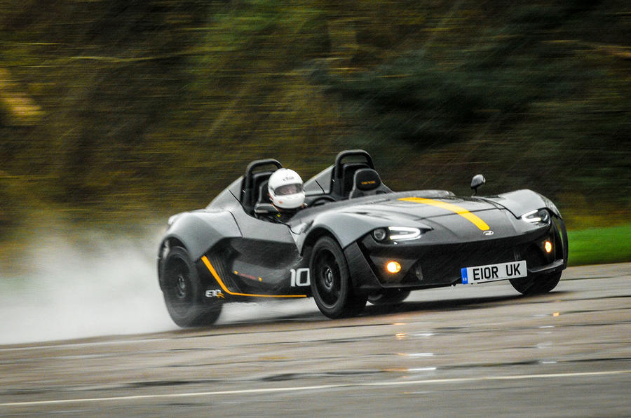 Zenos E10 R drifting