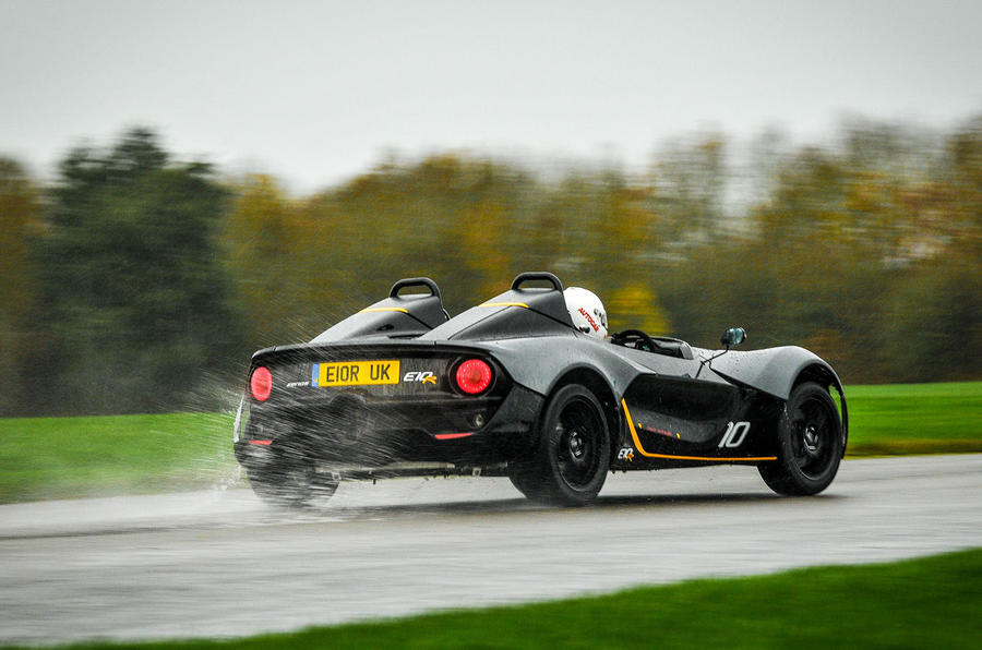 Zenos E10 R rear drifting