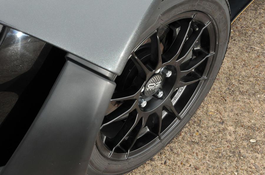 Zenos E10 R wheelarch