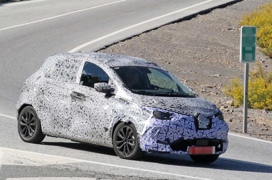 2020 Renault Zoe testing spy shots