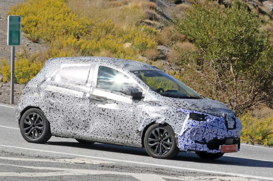 Next-gen Renault Zoe targeting 250-mile range for 2019 ...