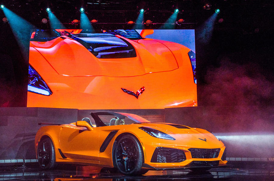 Chevrolet Offers Drop-Top Version of 2019 Corvette ZR1
