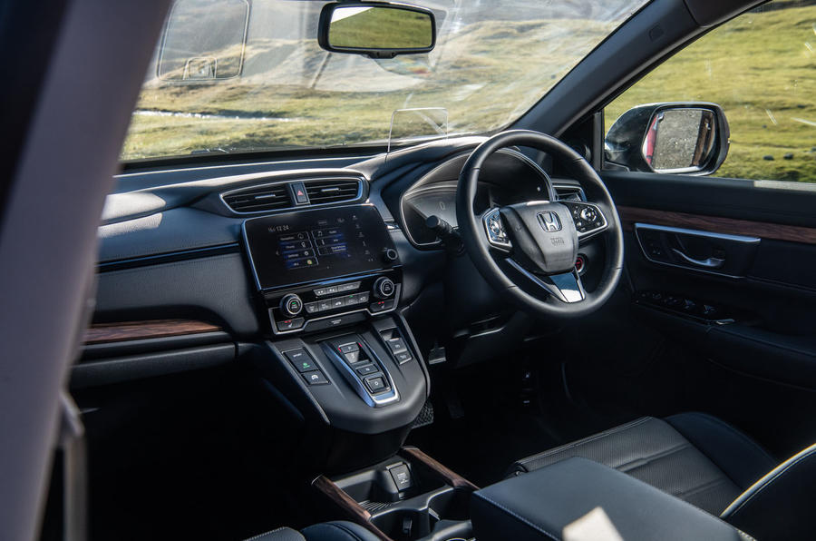 Honda CR-V hybrid 2019 long-term review - dashboard