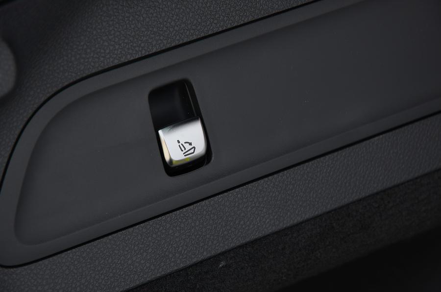 Mercedes-Benz EQC 2020 long-term review - rear seats button