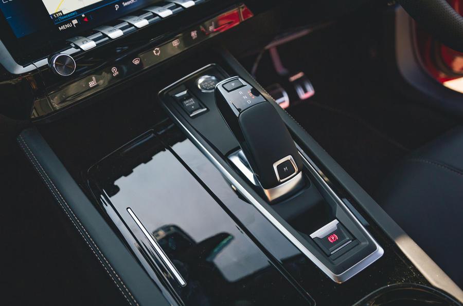 Peugeot 508 2019 : bilan à long terme - console centrale