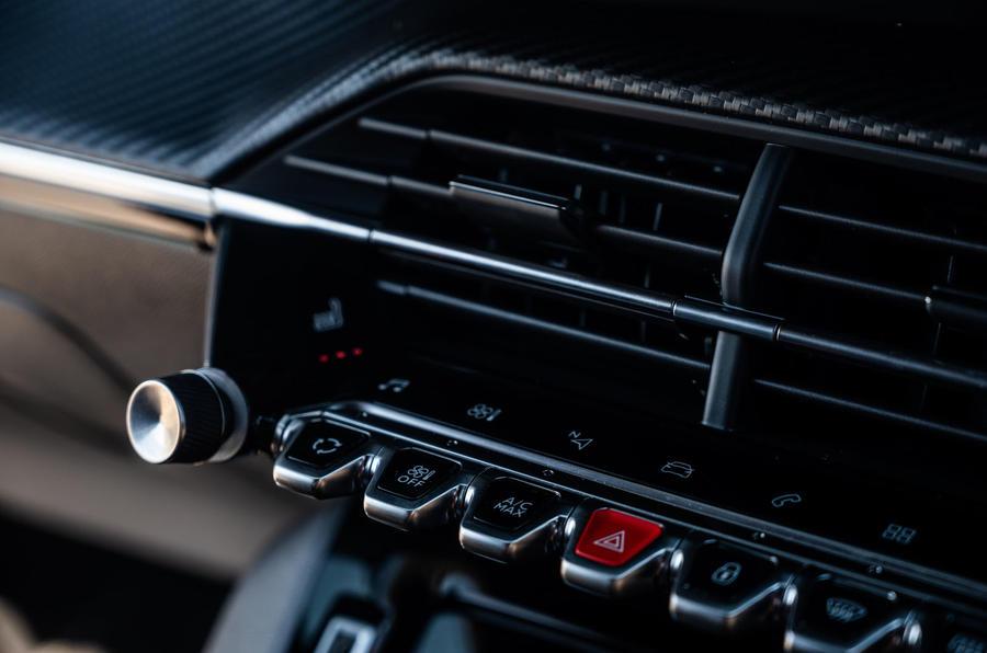 Peugeot 2008 2020 : essai à long terme - commandes de climatisation