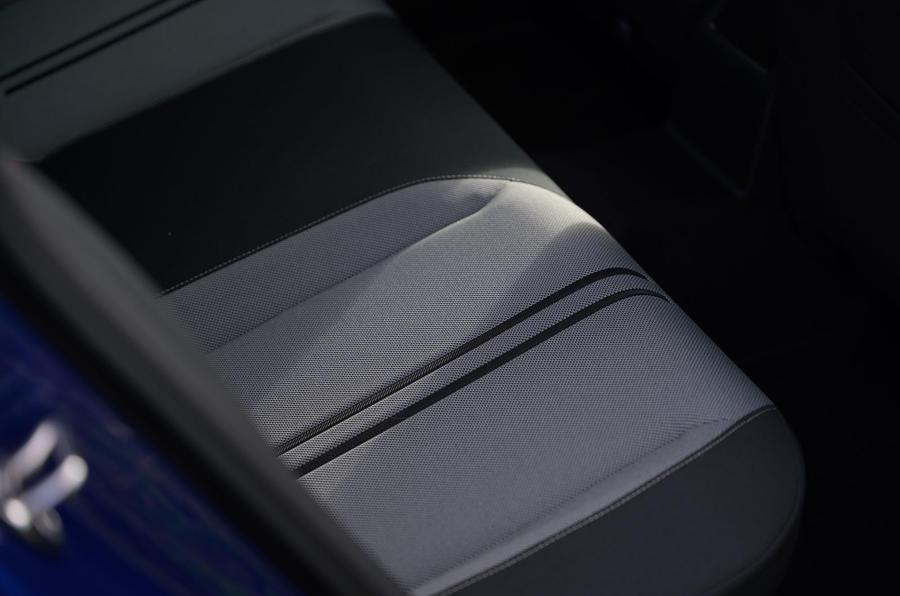 Test & Avis de la STI 2021 du programme Seat Leon - détails du siège