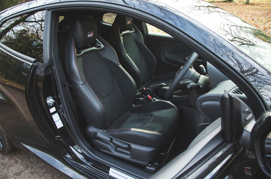 13 Toyota GR Yaris 2021, cabine d'examen à long terme