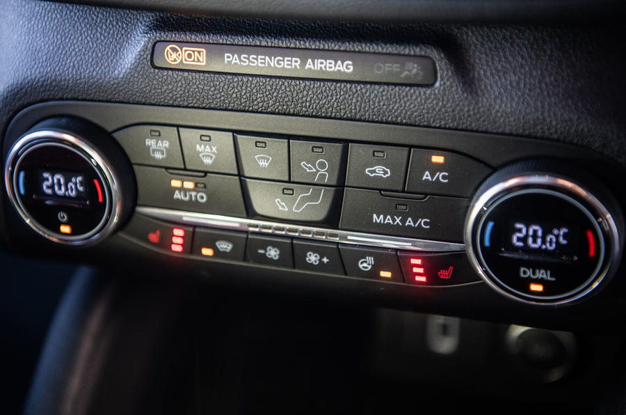 Ford Focus 2019 long-term review - climate controls