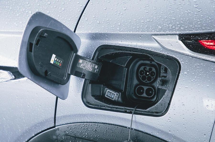 14 Surto car subscription long term test charging port