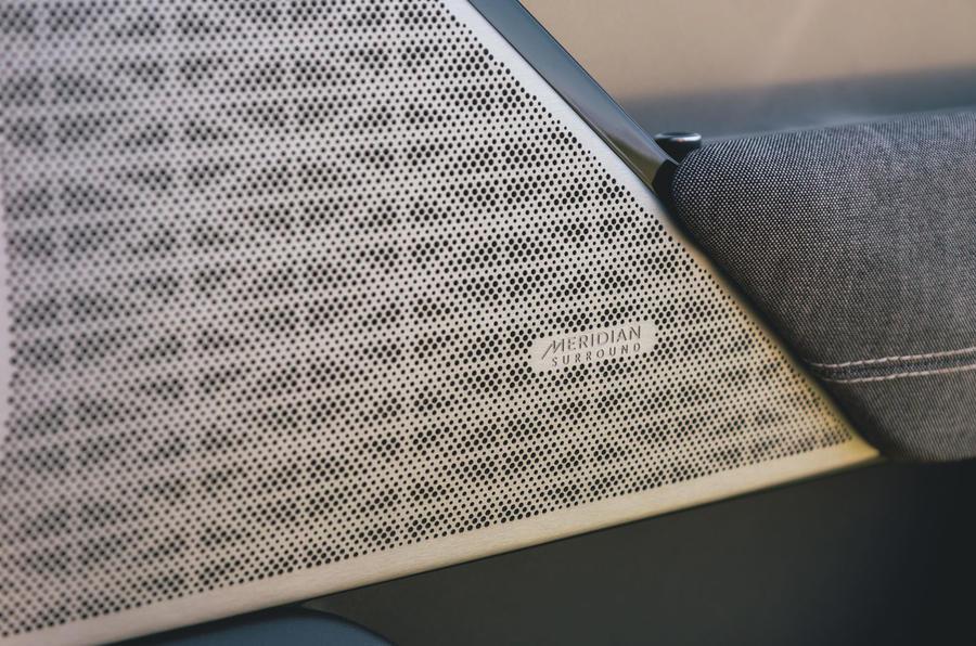 Range Rover Velar 2019 long-term review - Meridian speakers
