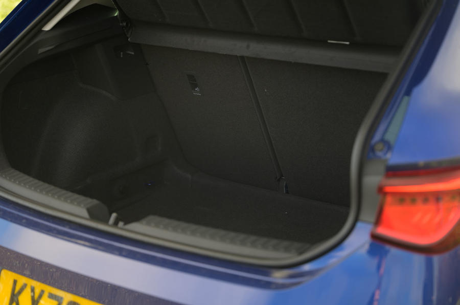 Seat Leon TSI 2021 long-term review - boot