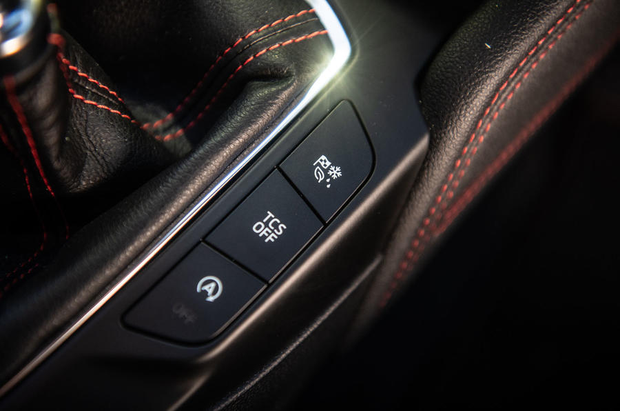 Ford Focus 2019 long-term review - drive modes