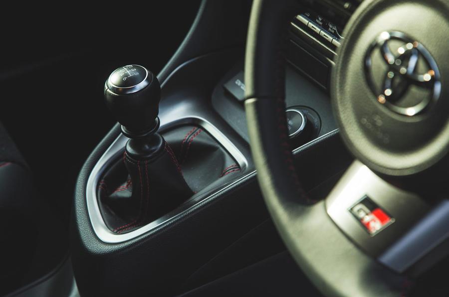 16 Toyota GR Yaris 2021 : révision à long terme du levier de vitesse