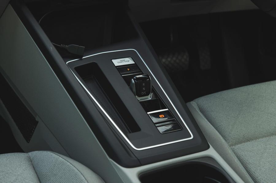 16 Volkswagen Golf 2021 console centrale d'examen à long terme