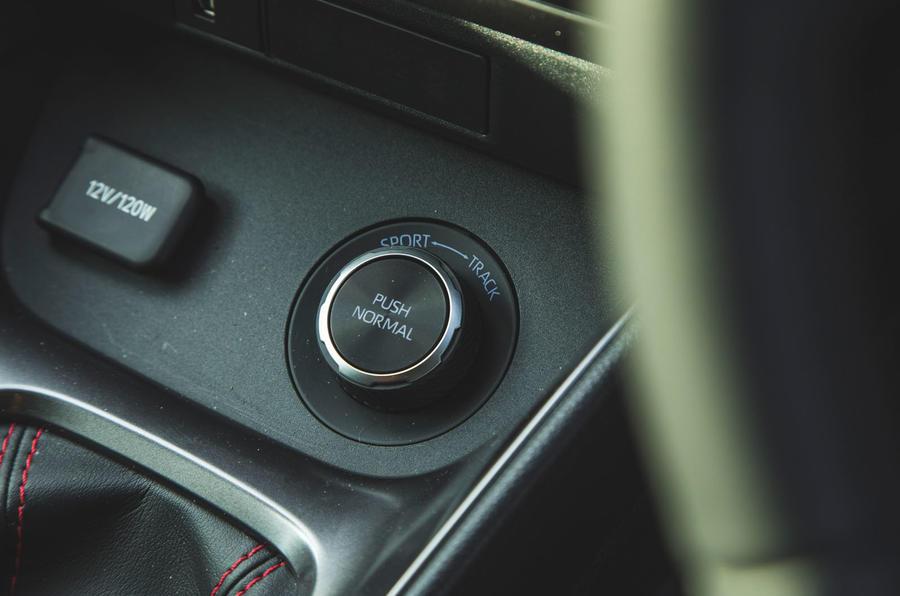 17 Toyota GR Yaris 2021 : examen à long terme des modes de conduite