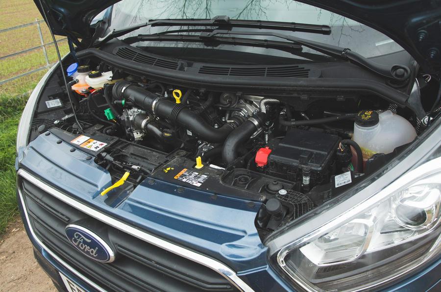 18 Ford Tourneo 2021 LT moteur