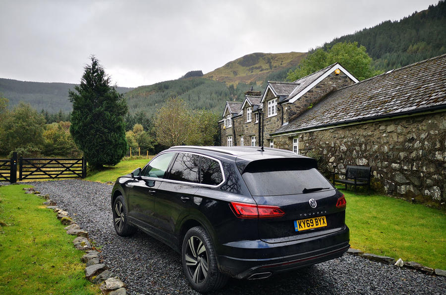 Volkswagen Touareg 2019 long-term review - parked outside country house