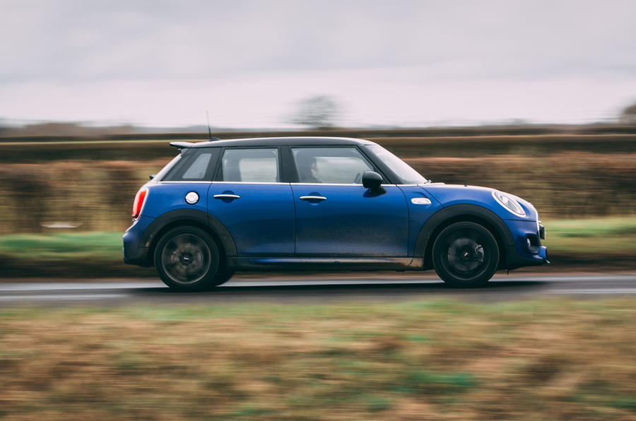 Mini 5-door Cooper S 2019 long-term review - hero side