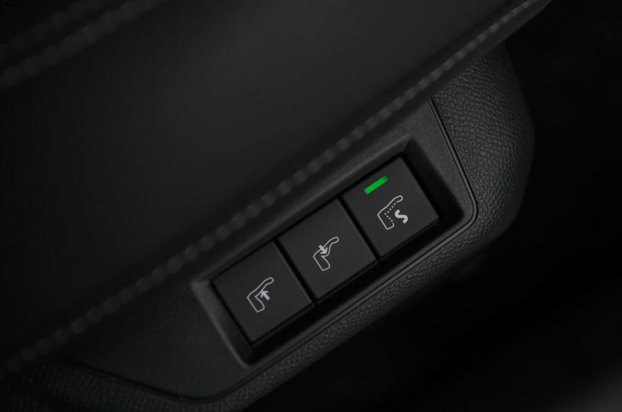 Vauxhall Corsa 2020 : révision à long terme - sièges chauffants
