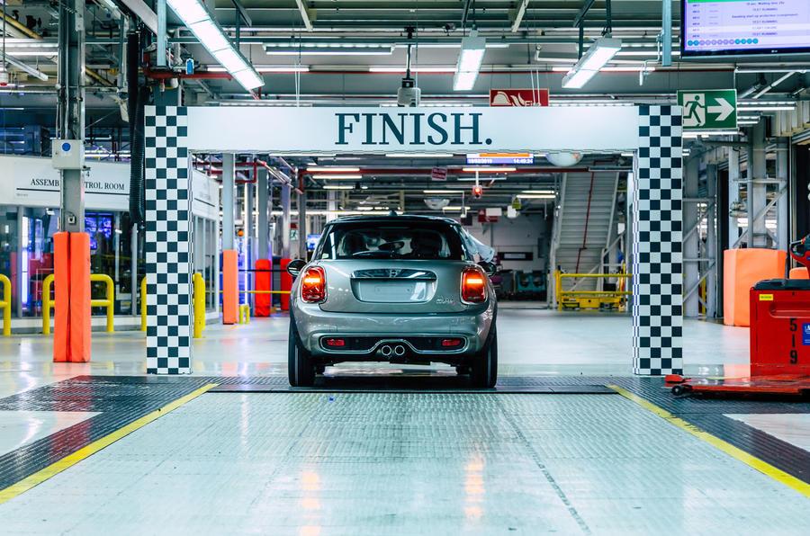 Mini 5-door Cooper S 2019 long-term review - mini factory - production line