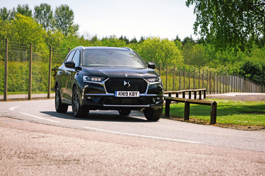DS 7 Crossback 2019 long-term review - cornering