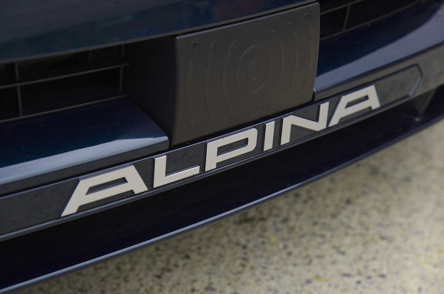 Alpina B4 S 2019 long-term review - bumper logo