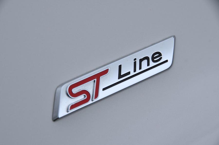 Test & Avis du Ford Puma 2020 - Insigne de la ligne ST