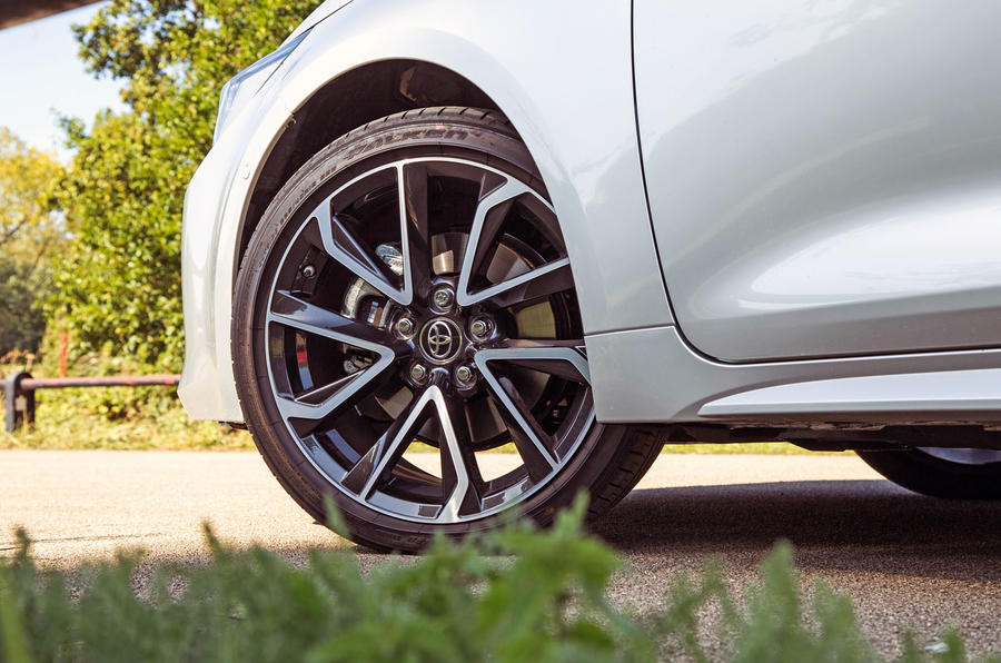 Toyota Corolla 2019 long-term review - alloy wheels
