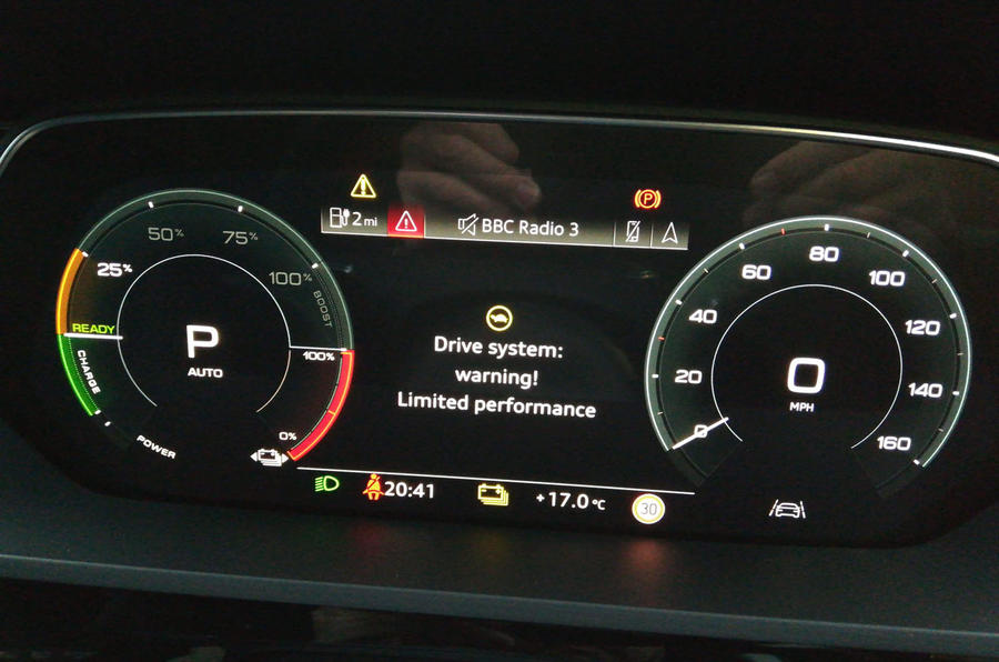 Audi E-tron 2019 long-term review - error message