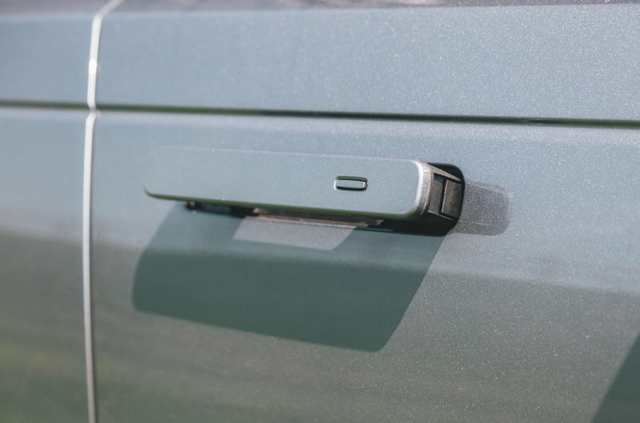 Range Rover Velar 2019 long-term review - door handles