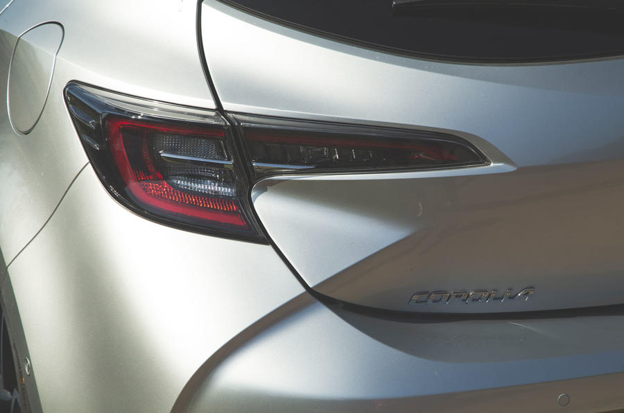 Toyota Corolla 2019 long-term review - rear lights
