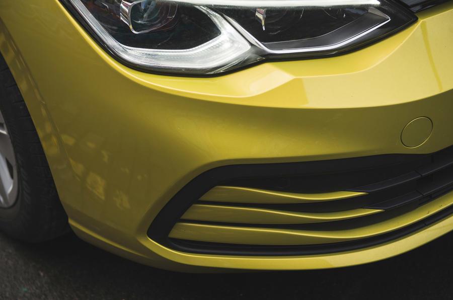 6 Volkswagen Golf 2021 : révision à long terme du pare-chocs avant