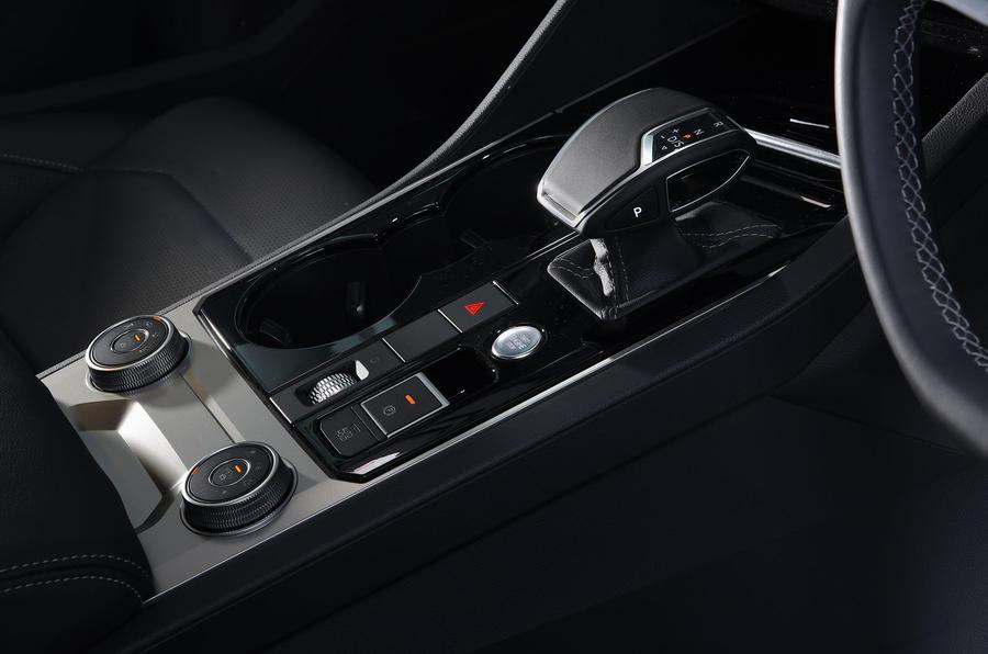 Volkswagen Touareg 2019 long-term review - centre console