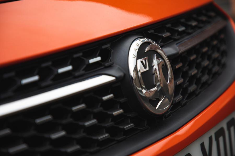 Vauxhall Corsa 2020 : bilan à long terme - badge de façade