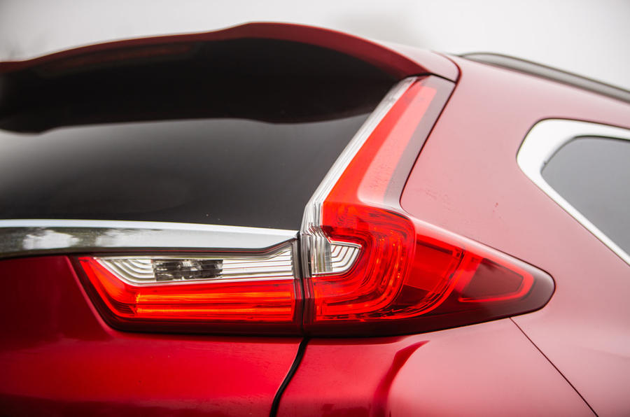 Honda CR-V hybrid 2019 long-term review - rear lights
