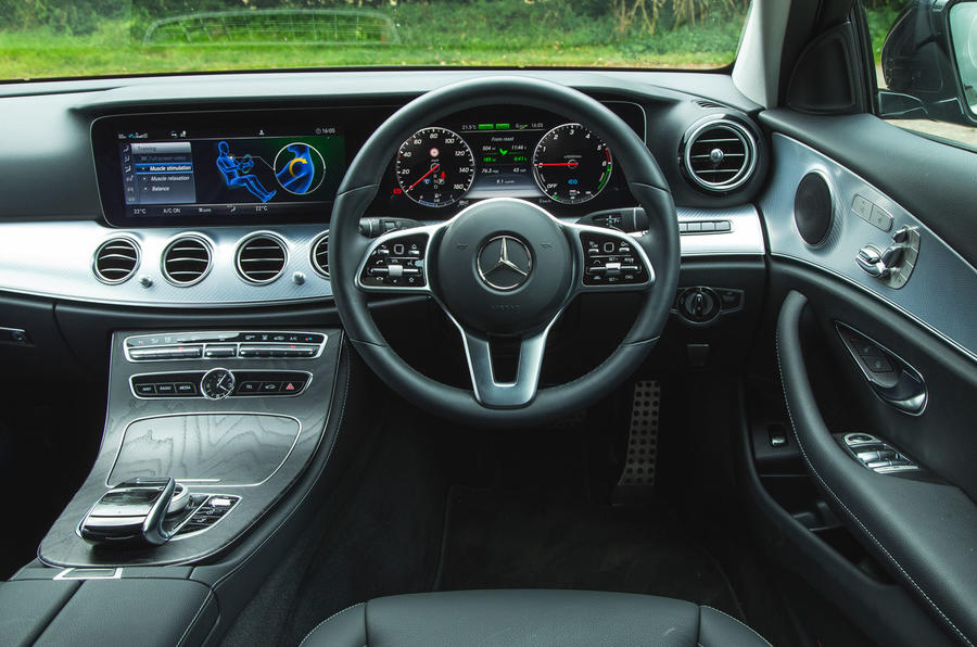 Mercedes E300de 2019 long-term review - dashboard