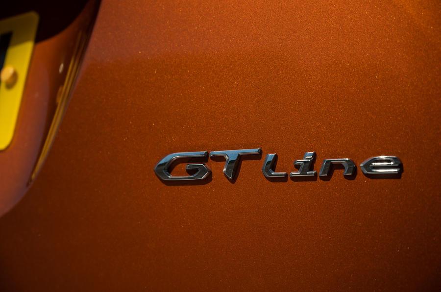 Peugeot 2008 2020 : essai à long terme - badge GT Line
