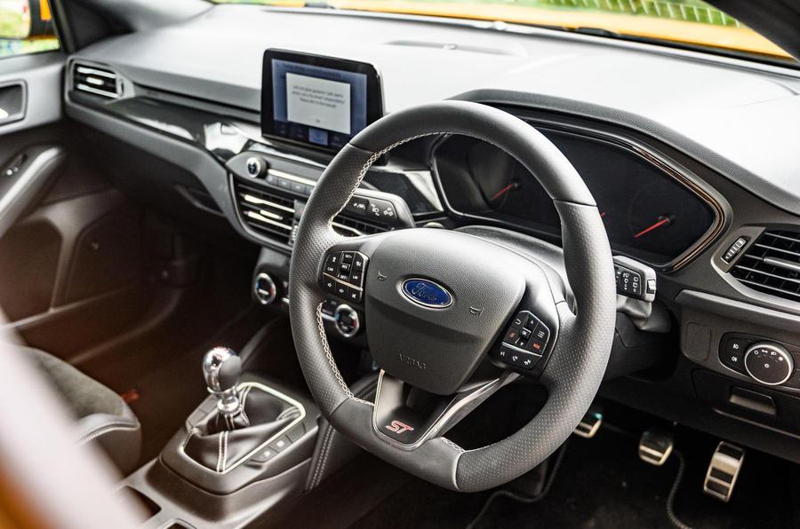 Ford Focus ST 2020 : bilan à long terme - tableau de bord