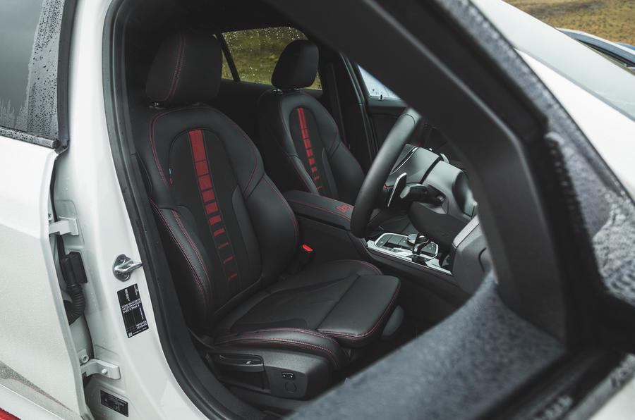 9 BMW 128ti 2021 LT hero cabine