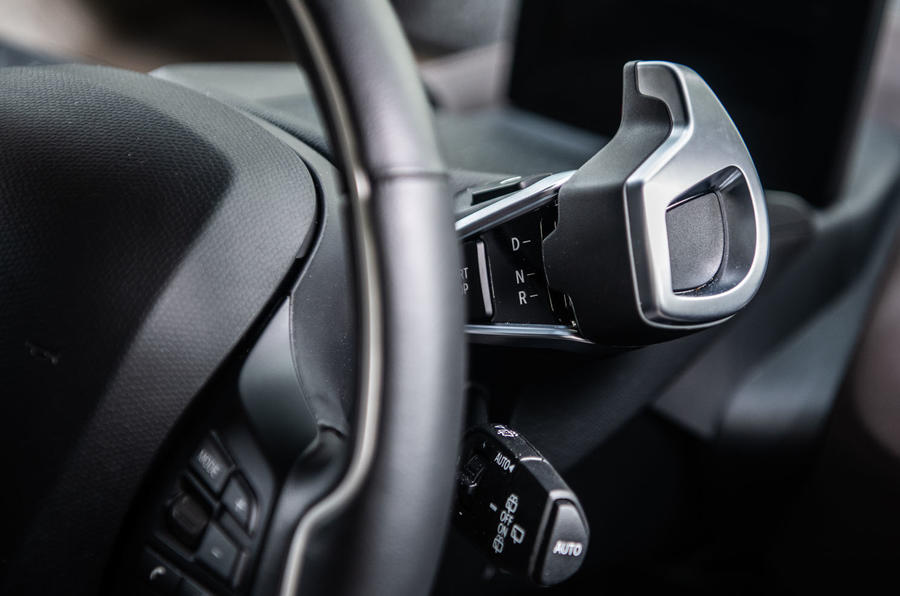BMW i3S 2019 long-term review - drive selector