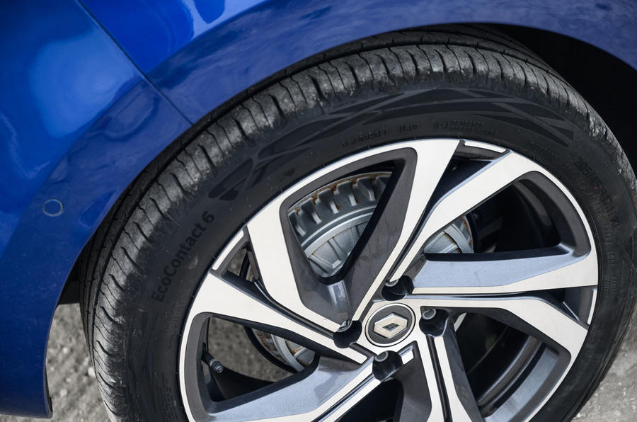 2020 Renault Clio TCe 130 R.S Line - wheel