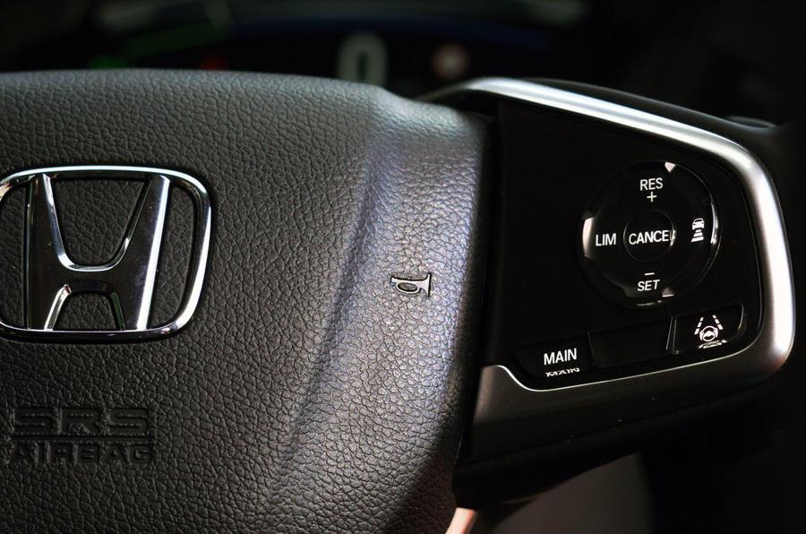 Honda CR-V hybrid 2019 long-term review - steering wheel controls