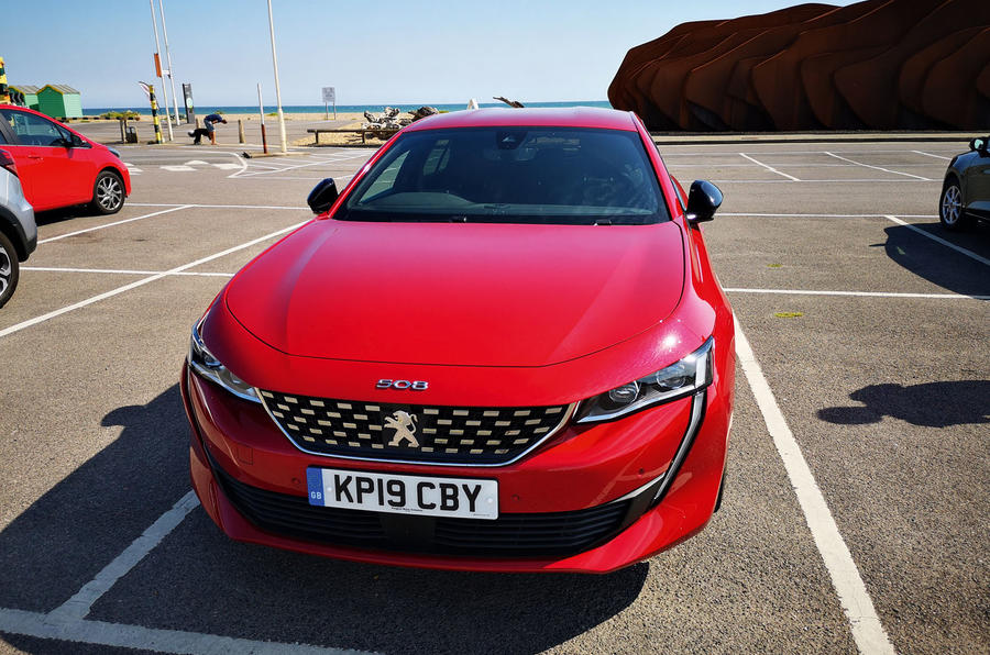 Peugeot 508 2019 : bilan à long terme - parking