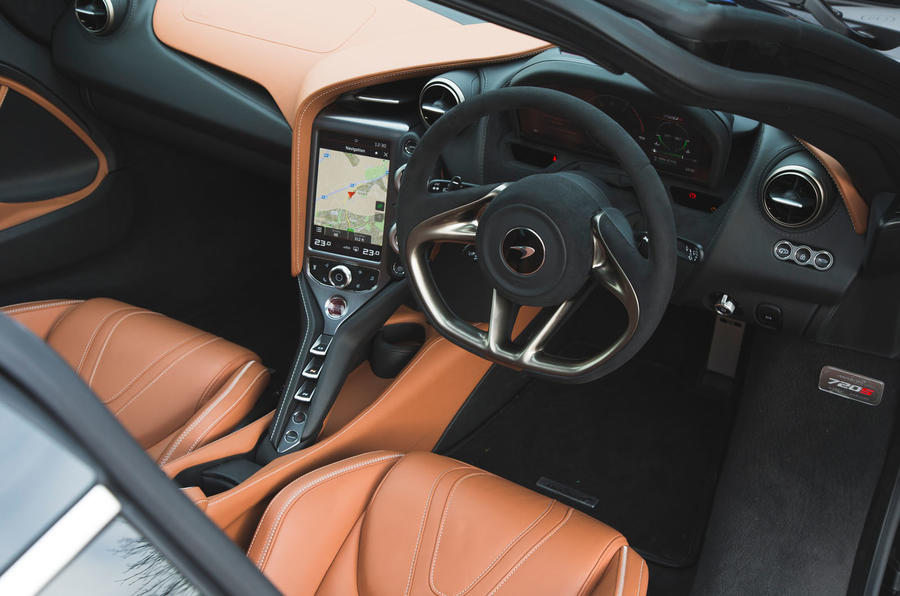 McLaren 720S 2019 long-term review - dashboard