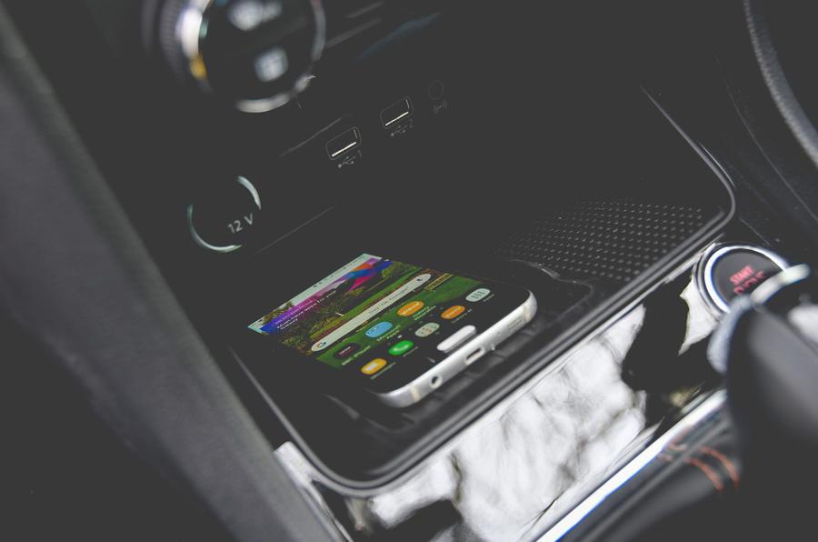 Cupra Ateca 2019 long-term review - smartphone charging
