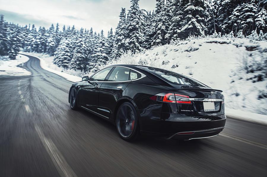 Tesla Model S P85D rear quarter