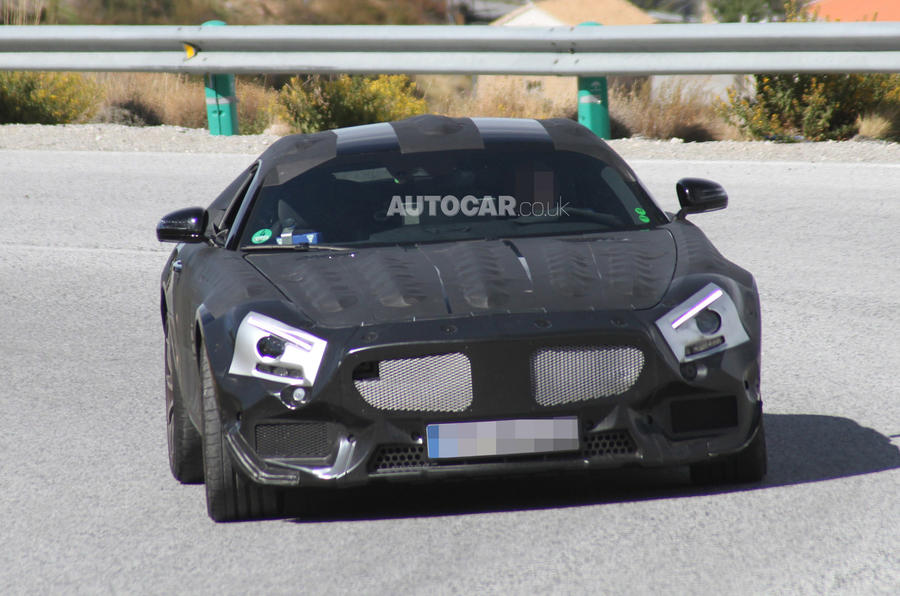 Mercedes' 911 rival spied testing - latest pictures