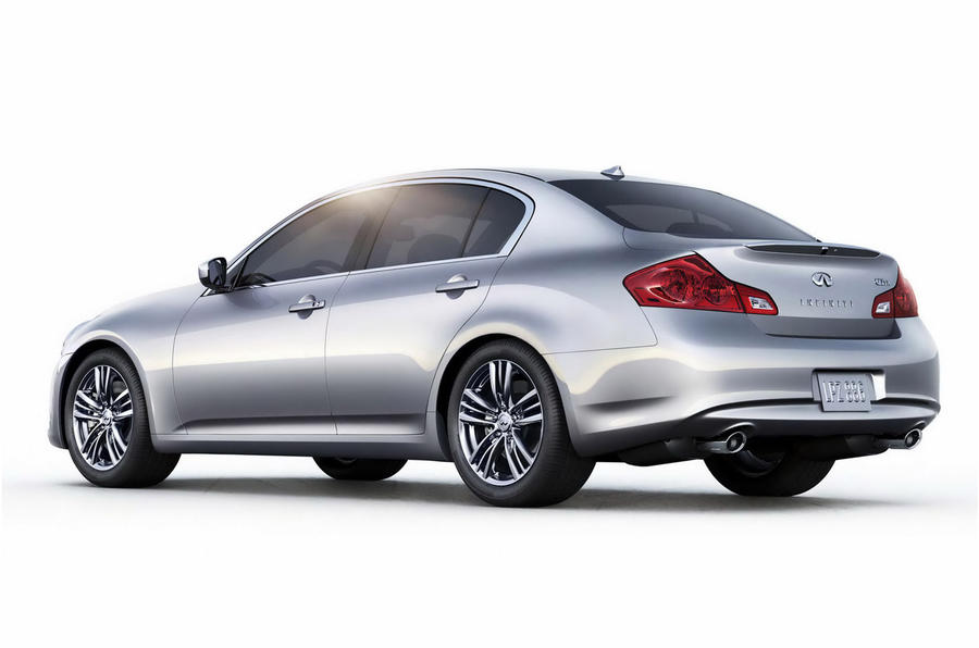 Infiniti launches G25 saloon